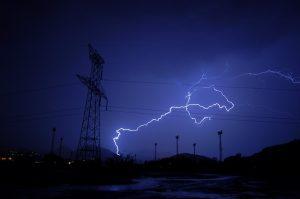 lightning-351195_640